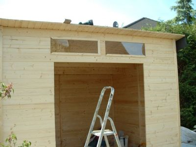Aufbau vorgefertigtes Gartenhaus