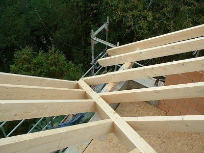 Umbau: wie aus einem alten Gebälk ein moderner Dachstuhl wird II